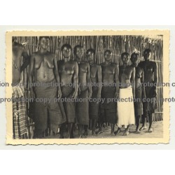 Group Of African Women In Sarongs / Congo? (Vintage Photo B/W ~1930s/1940s)