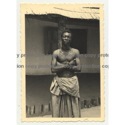 Beautiful Muscular African Guy In Sarong / Congo? (Vintage Photo B/W ~1930s/1940s)