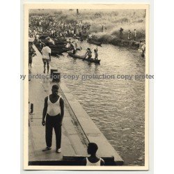 Lots Of People on Dugouts - Lualaba River, Kabalo / Congo (Vintage Photo B/W ~1950s)