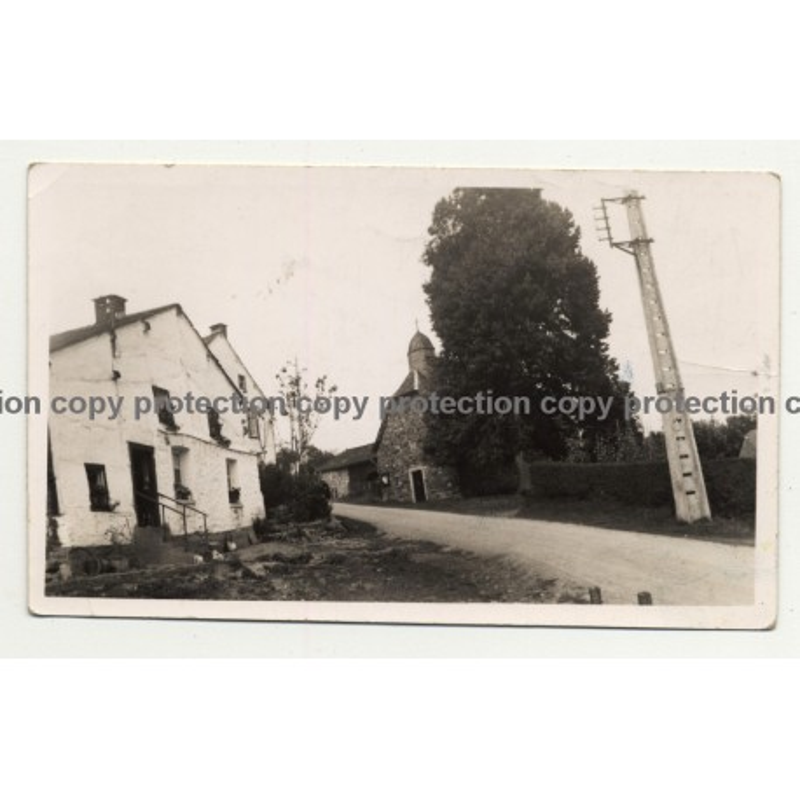 4980 Brume / Belgium: Houses & Chruch (Vintage Photo B/W 1934)