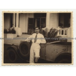 Colonial Master & Renault Type NN Cabrio 2 / Congo (Vintage Photo B/W 1930s)