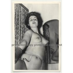 Nude Curlyhead / Gloves - Suspenders (Vintage Photo B/W ~1950s)