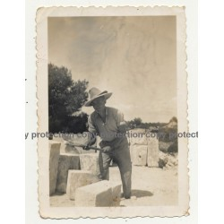 Mallorca / Spain: Picapedrero Marès / Stonemason Marès (Vintage Photo ~1940s)