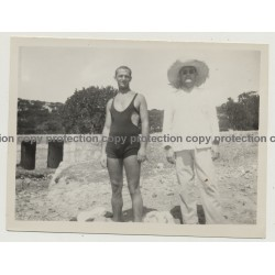 Mallorca - Baleares: Handsome Man In Funky Swimsuit / Gay INT (Vintage Photo ~1940s)