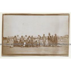 Gombani / Tanzania: Group Of Native Women & Kolonialherr (Vintage Photo Sepia B/W 1930)