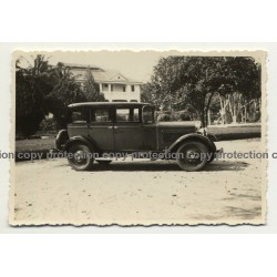 Congo / Africa: Ford Model Four Door Sedan / Oldtimer (Vintage Photo B/W ~1930s)