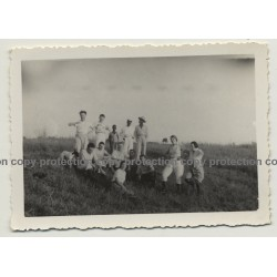Congo / Africa: Colonial Delegation In Steppe / Safari (Vintage Photo B/W ~1930s/1940s)