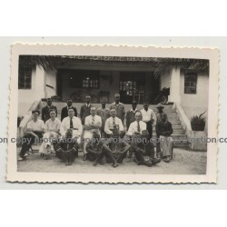Congo / Africa: Meeting Of Colonialsts & Local Delegates (Vintage Photo B/W ~1930s/1940s)