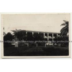 Port Franqui - Llebo / Congo: Hotel De Palmes (Vintage RPPC B/W 1934)