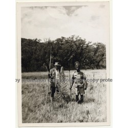 Maroyora / Congo: M. Matthis & Guard In Front Of Huge Lobelia (Vintage Photo B/W 1953)