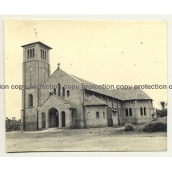 Alberta-Ebonda / Congo Belge: L'Église Saint Joseph d'Ebonda / Church (Vintage Photo B/W ~1930s)