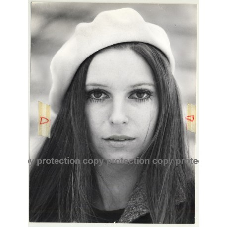 Portrait Of Female Photo Model / Hat - Eyes (Vintage Photo Master 1970s Fashion)