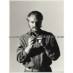 Bearded Man Rolls Cigarette *2 / Red Rock Tabak (Vintage Photo Master 1980s Large)