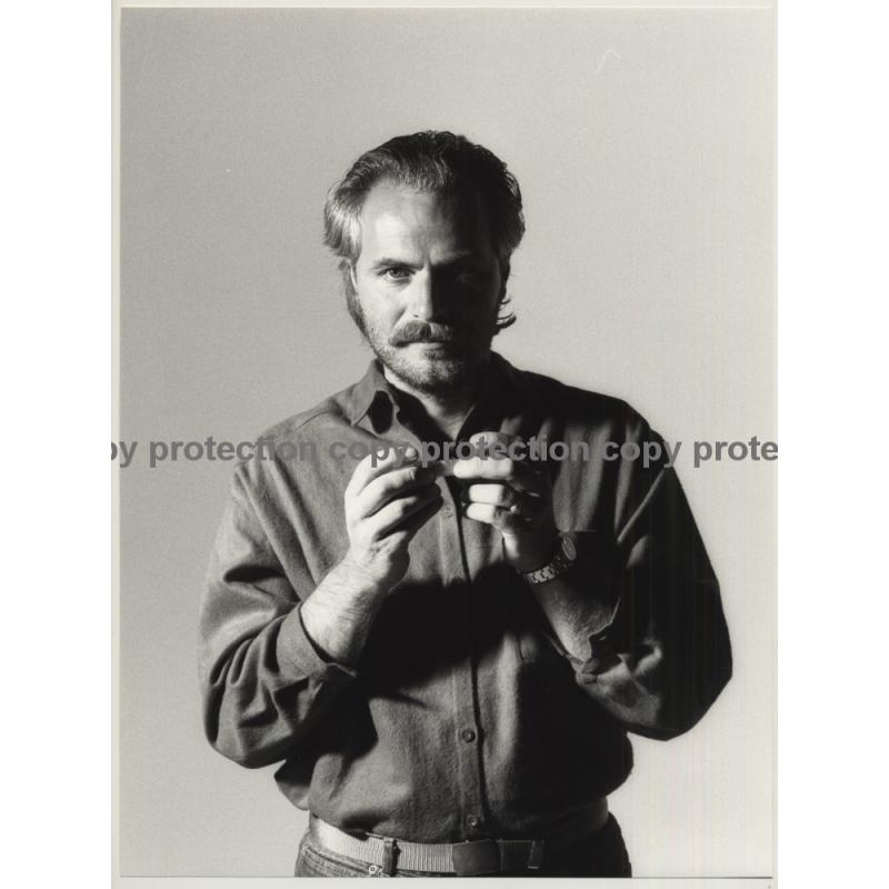Bearded Man Rolls Cigarette *2 / Red Rock Tabak (Vintage Photo Master 1980s Large)