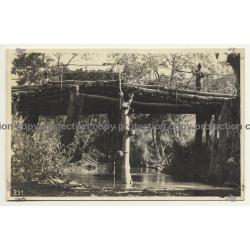 Congo Belge: Wooden Bridge & Native Rangers / Léopold Gabriel (Vintage RPPC ~1920/1930s)