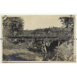 Congo Belge: Wooden Bridge & Native Rangers *2 / Léopold Gabriel (Vintage RPPC ~1920/1930s)