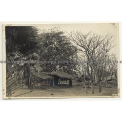 Congo Belge:  Indigenous Hut / Léopold Gabriel? (Vintage RPPC ~1920/1930s)