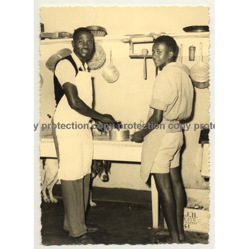 Congo Belge: 2 Indigenous Kitchen Workers (Vintage RPPC Studio Darc Y. Charlier)