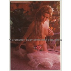 Nude Showgirl Olga / Night-Cabaret Dorett - Kurfürstendamm (Vintage PC Berlin 1960s)